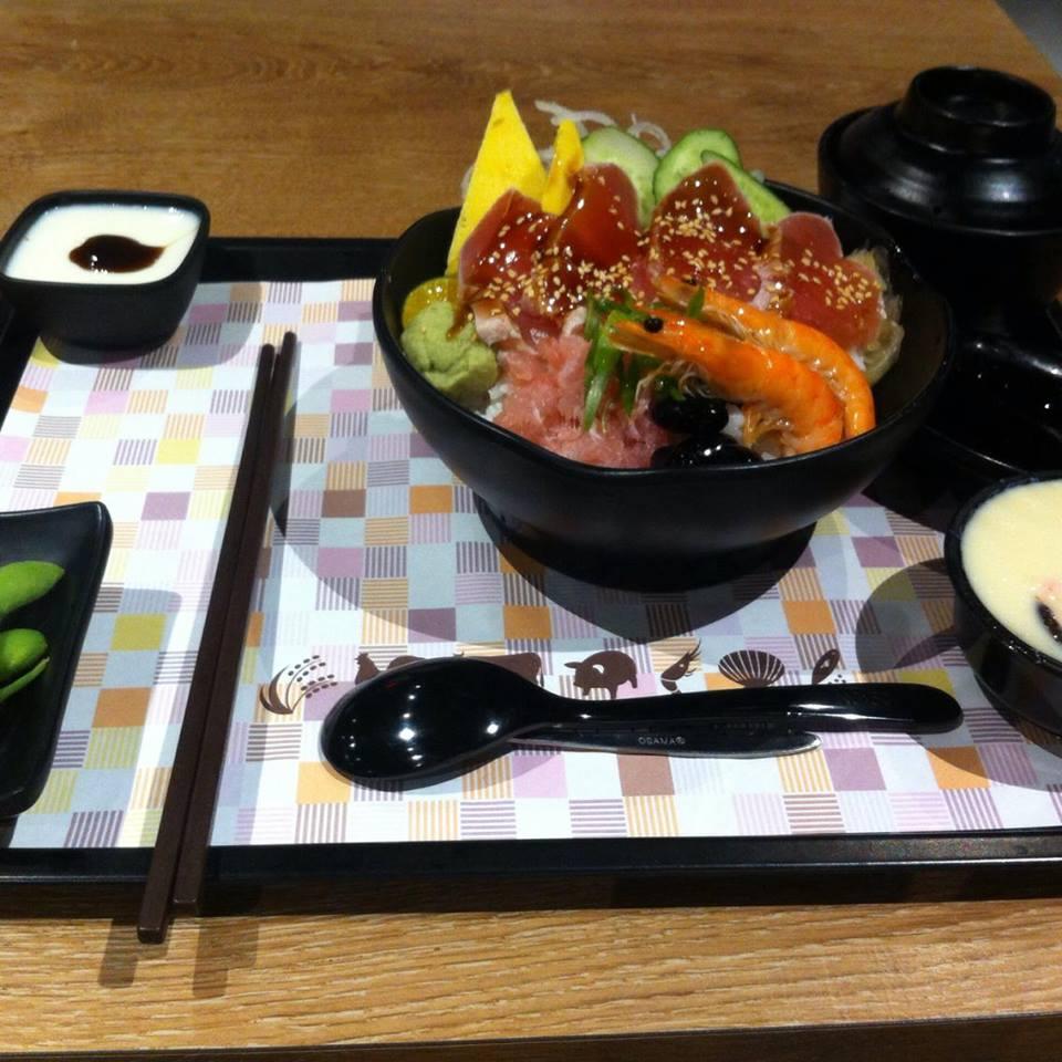 【グルメ】定食8は注文が簡単でご飯、サラダが食べ放題!