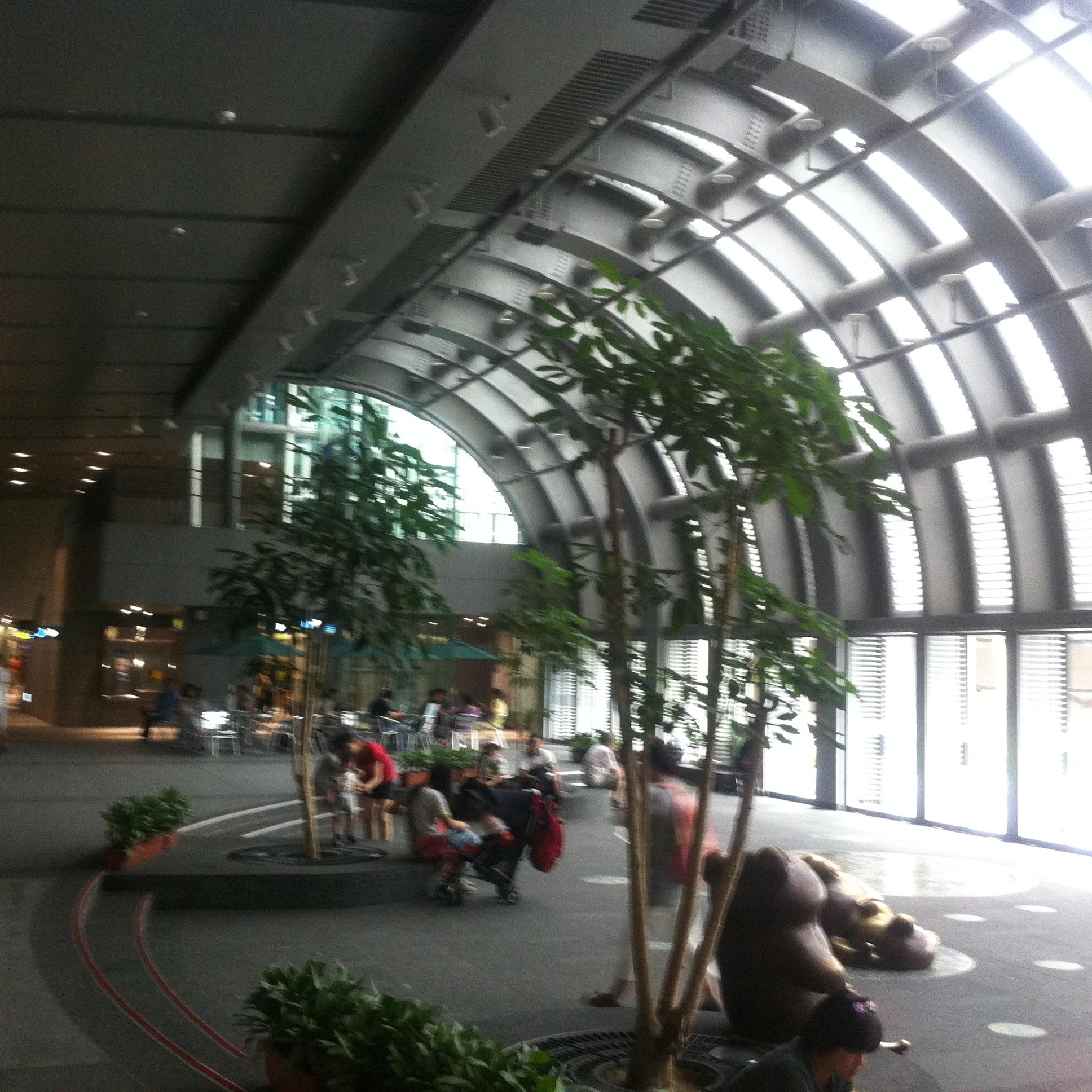 台北で最も美しいMRT大安森林公園駅