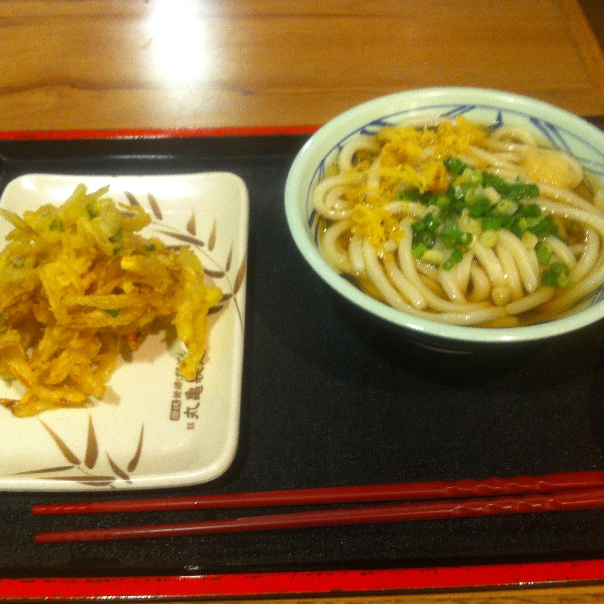 中山三越の讃岐釜揚げうどん丸亀製麺
