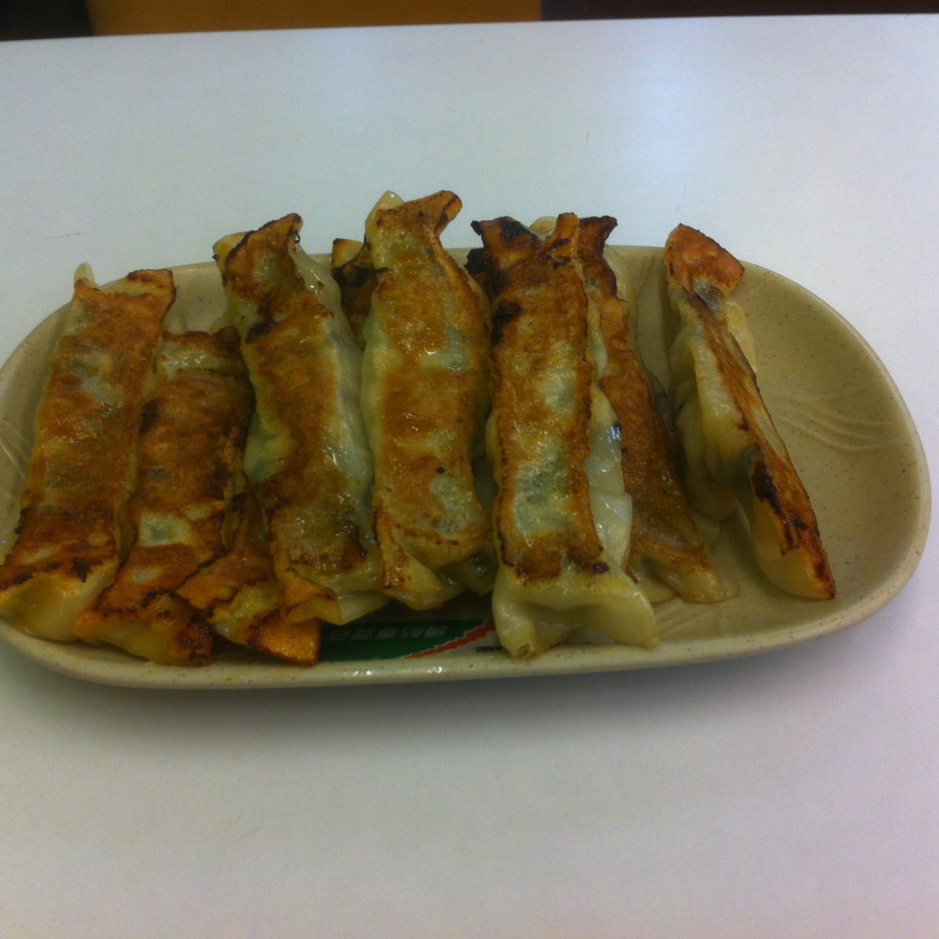 四海遊龍焼き餃子屋