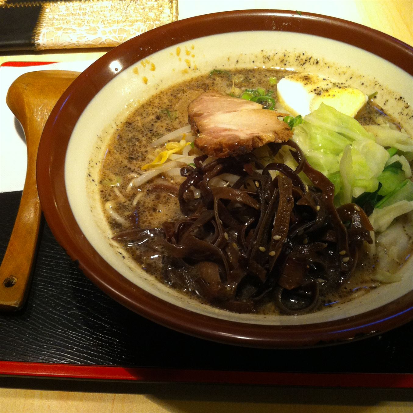 【グルメ】豚骨九州ラーメン「剣麺」