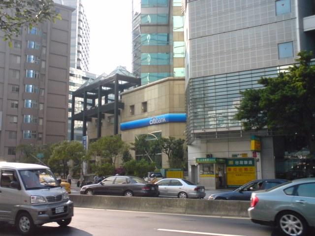 【銀行】台北にはなんてシティバンクが多いこと。。。