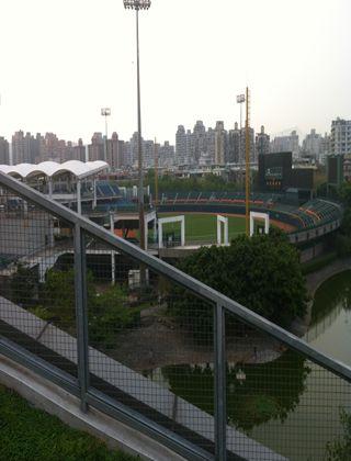 新荘の野球場に行ってみる。