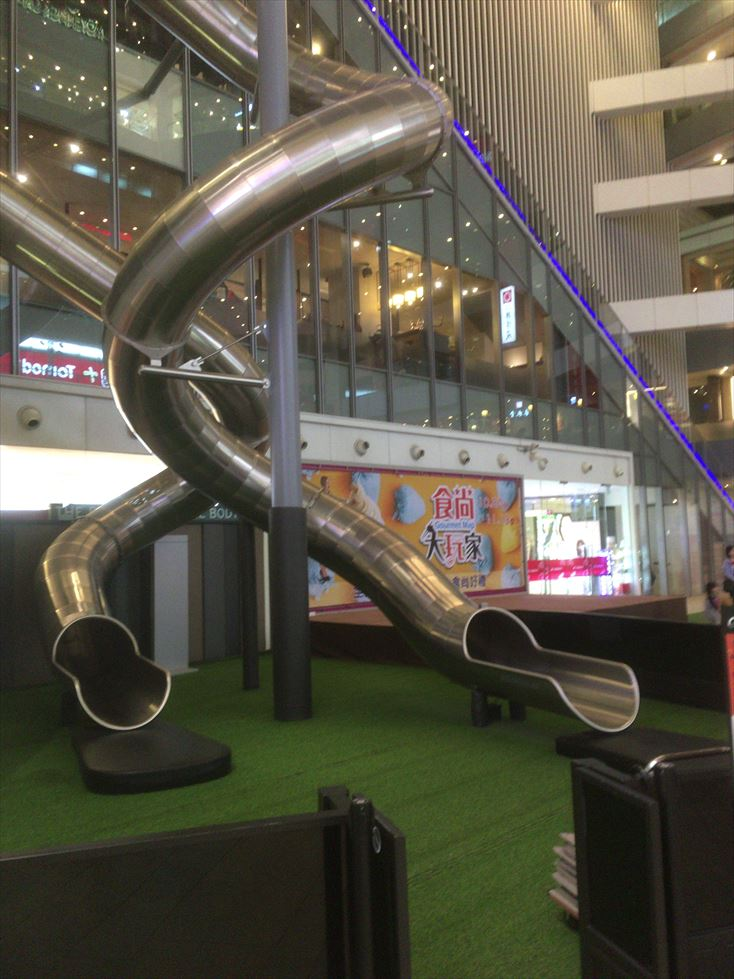 【遊ぶ】台中の太魯閣新時代購物中心で一人カラオケ